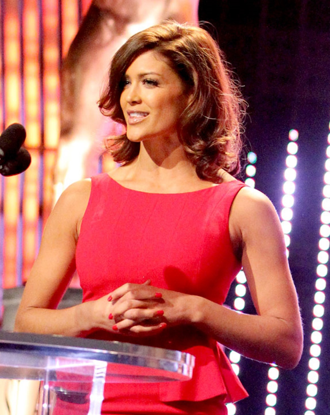 DCTV: former WWE Diva Eve Torres to play Maxima on 'Supergirl'