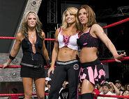 October 17, 2005 Raw.27