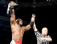 Raw-9-May-2005.28