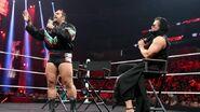 November 30, 2015 Monday Night RAW.62