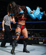 SmackDown 11-28-08 008