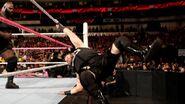 October 19, 2015 Monday Night RAW.49