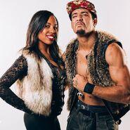 AR Fox & Ashley Michele - 10897763