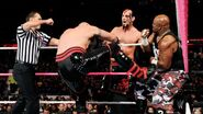 October 12, 2015 Monday Night RAW.20
