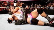 October 19, 2015 Monday Night RAW.31