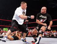 November 28, 2005 Raw.15