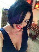 Candice Short Hair 3