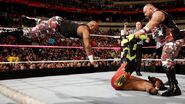October 19, 2015 Monday Night RAW.14