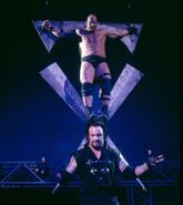 Stone Cold on Undertaker symble