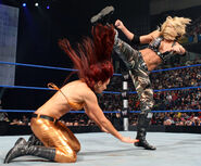 SmackDown 12-5-08 008