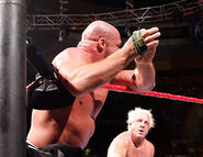 December 12, 2005 Raw.5