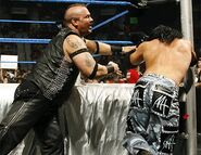 Smackdown-14April2006-17
