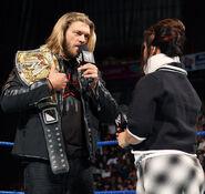 SmackDown 11-28-08 002