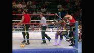 April 11, 1994 Monday Night RAW.00028