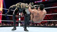 November 30, 2015 Monday Night RAW.28