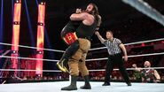 December 7, 2015 Monday Night RAW.46