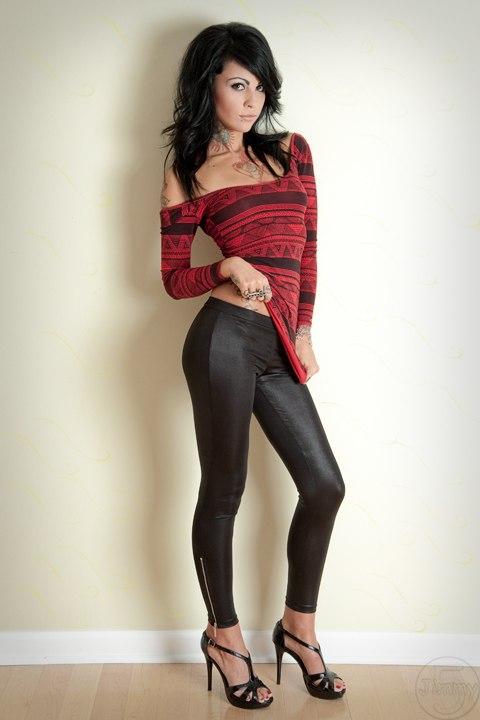 Zahra Schreiber nude (23 photos) Feet, Twitter, underwear