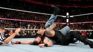 October 5, 2015 Monday Night RAW.12
