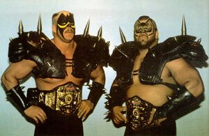 Road Warriors Hawk and Animal