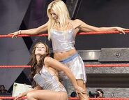 August 29, 2005 Raw.18