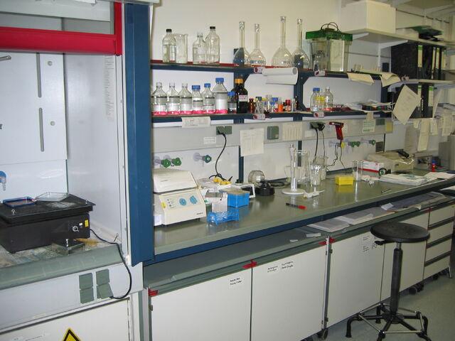File:Lab bench.jpg