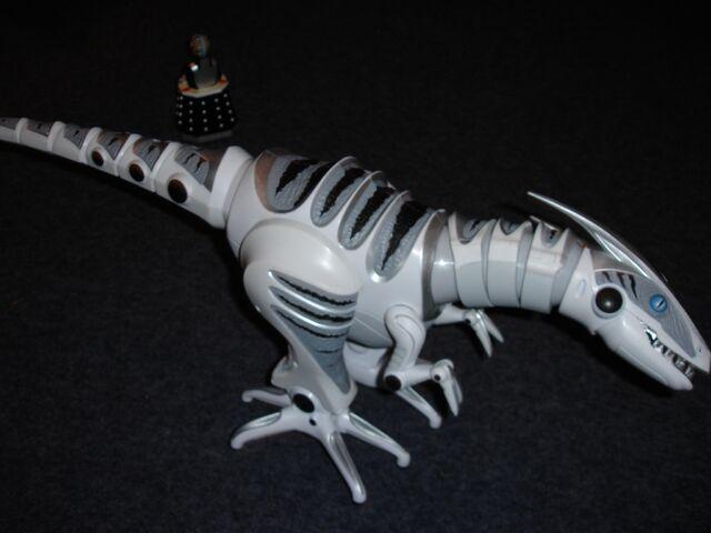 File:Roboraptor3.JPG