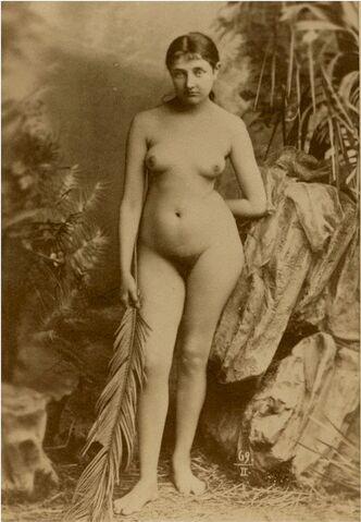 File:Vintage nude photograph 3.jpg