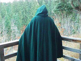 Medieval cloak wool 05