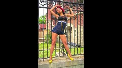 Hotgirl- Shawna Flyy