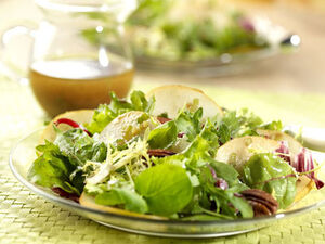 Mixed-field-greens-asian-pears-and-pecans-salad 456X342