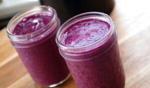 1blackberry-pineapple-smoothie