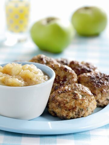 File:Juicy Pork Patties with Spicy Bramley Apple Sauce image.jpg