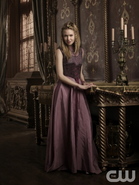 Reign Character - Aylee