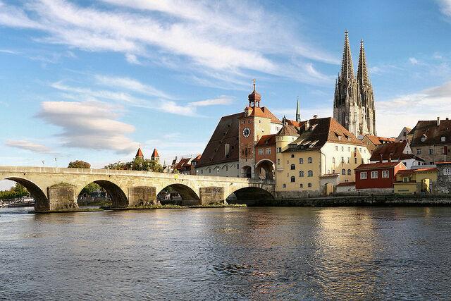 File:1024px-Regensburg 08 2006 2.jpg