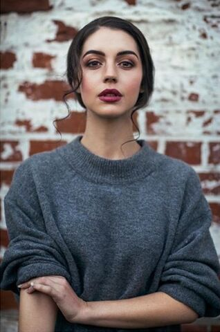 File:Adelaidekane2016photoshoot2.jpg