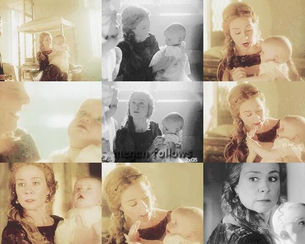 File:Queen Catherine & her children5.jpg
