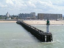 File:220px-Calais pier.jpg