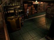 Resident Evil 3 Nemesis screenshot - Uptown - Warehouse pickup 01