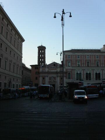 File:Silvestro in Capite -silhouette.JPG