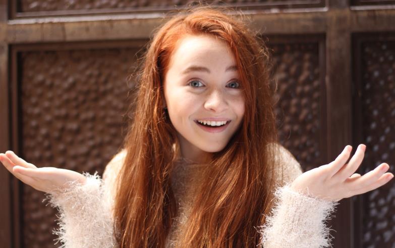 Sabrina Carpenter Natural Hair Color