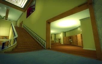 Saints Row Mega Condo - Average - bottom of stairs