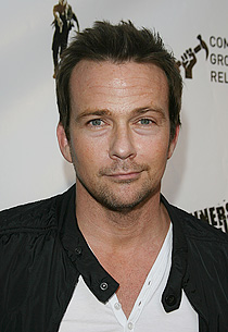 sean patrick flanery wife