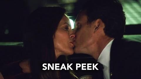 "Scandal 5x12 Sneak Peek 2 ""Wild Card"" (HD)"