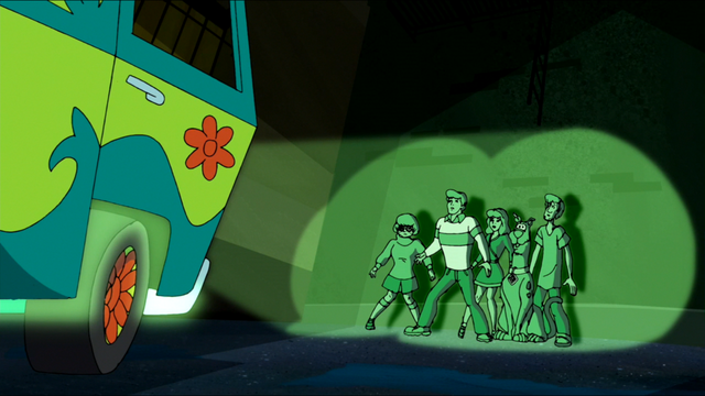 File:Mystery Machine corners the gang (WNSD).png