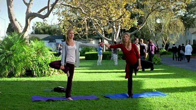 File:9x7 Yoga.jpg