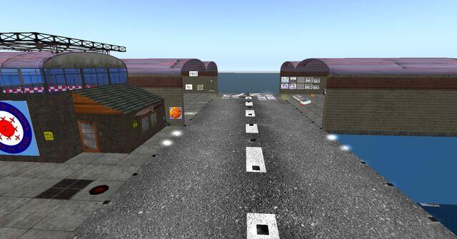 File:Ash Studios Airfield, looking east (04-12).jpg