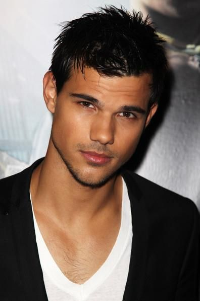 Taylor Lautner | Selen...