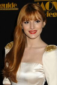BellaThorne12thMovieGuideAwards(30)