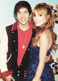 Bella-Thorne-withAusinMahone-at-the-RDMAs