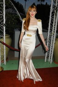 BellaThorne12thMovieGuideAwards(23)